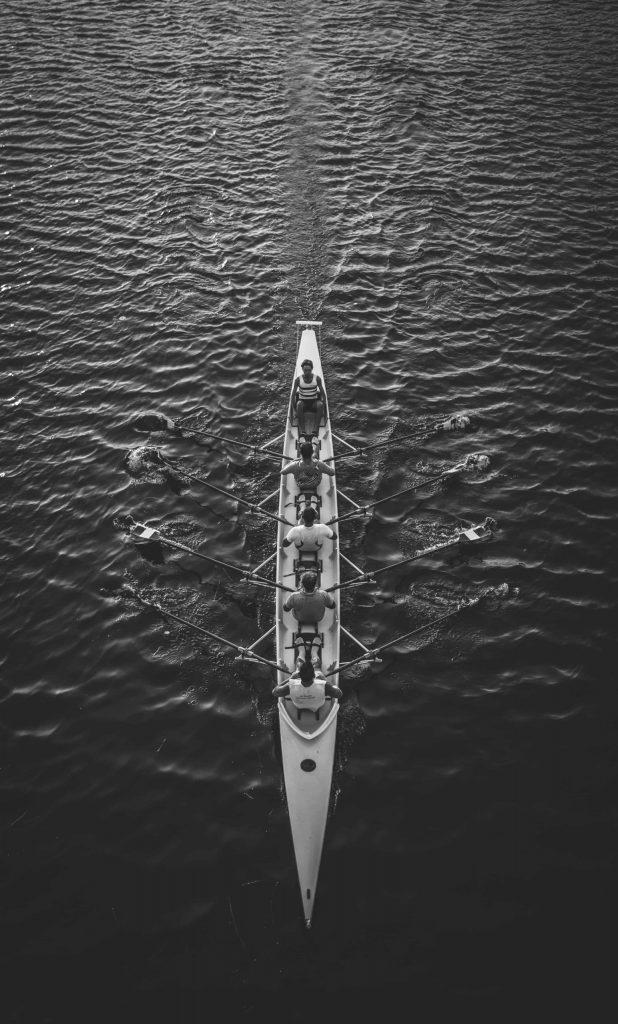 coachend leiderschap samen in 1 boot